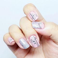 粉色方圆形简约简约线条粉系款美甲图片