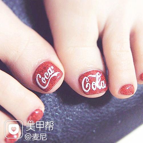 红色方圆形手绘光疗可乐美甲可乐主题手绘款美甲图片