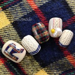 圆形手绘蓝白色格纹毛衣甲甲片编织毛衣美甲韩系样板集美甲图片
