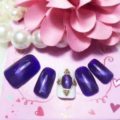 方形渐变光疗紫猫眼 饰品美甲图片