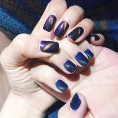 方圆形简约蓝紫猫眼美甲图片