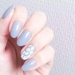 尖形简约韩式蓝色白色美甲图片