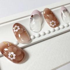 日式手绘优雅花朵甲片亮片美甲图片