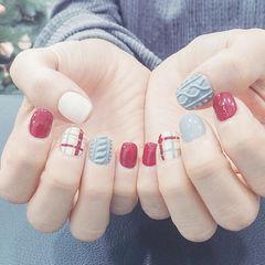 灰色红色白色毛衣冬天格纹手绘美甲图片