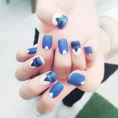 蓝色黑色白色磨砂手绘方圆形美甲图片