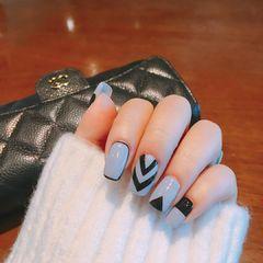灰色黑色韩式达人崔塔塔哒夫人美甲图片