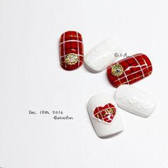 圆形红色白色格纹手绘毛衣甲片美图达人小凡格子 浮雕 爱心 冬季 暖美甲图片