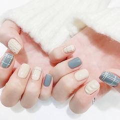 方圆形灰色白色格纹手绘毛衣美甲图片