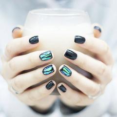 黑色玻璃纸韩式简约三角元素美甲碎玻璃美甲达人崔塔塔哒夫人美甲图片