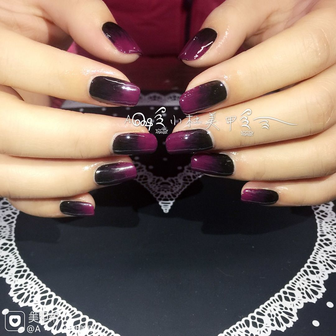 方圆形新娘渐变红色紫色黑色美甲图片