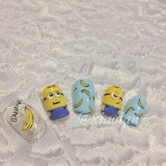 方圆形可爱手绘黄色蓝色小黄人水果香蕉店铺热门爆款小黄人美甲图片
