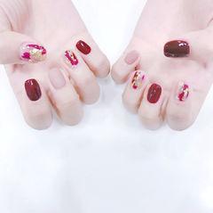 方圆形红色粉色金箔磨砂美甲图片