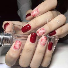 简约红色方圆形晕染新娘金箔晕染美甲图片