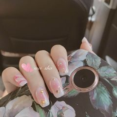 方圆形手绘粉色腮红甲金箔腮红美甲图片