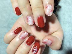 圆形日式南瓜色,晕染,贝壳粉美甲图片