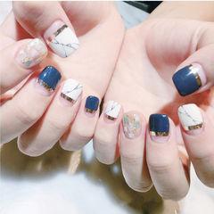 方圆形蓝色白色金银线平法式贝壳片石纹金箔美甲图片