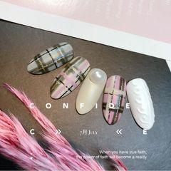 尖形简约手绘粉色白色格纹毛衣纹珍珠格纹毛衣甲!🎀美甲图片
