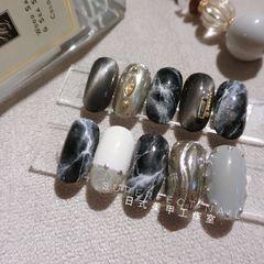 圆形日式手绘银色黑色灰色猫眼石纹水波纹大理石纹美甲图片