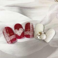 日式红色圆形白色格纹心形珍珠绒毛温暖的毛衣格纹甲让指尖也温暖起立的毛衣格纹甲美甲图片