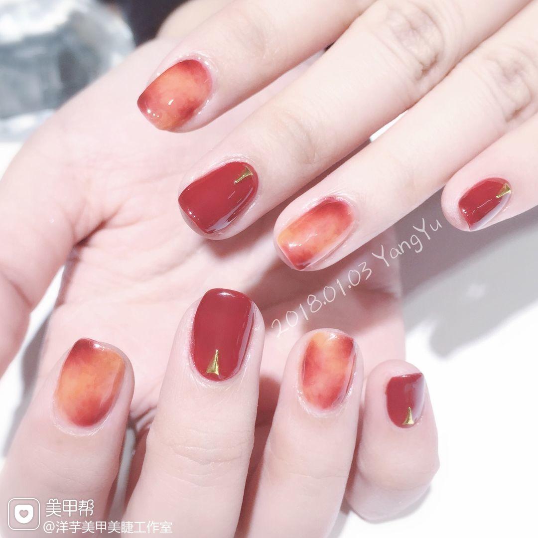 方圆形日式手绘红色金色橙色晕染新年美甲图片