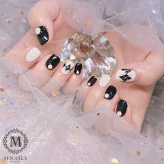 方圆形简约黑色白色手绘菱形毛衣纹珍珠美甲图片