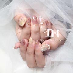 圆形日式裸色贝壳珍珠金属饰品星月日本杂志爆款优雅女神款初春爆款美甲星月美甲美甲图片