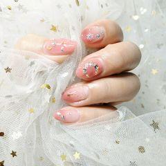 尖形日式渐变粉色裸色钻星月美甲图片