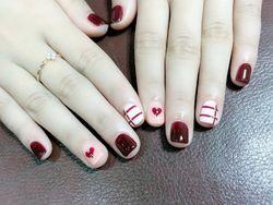 方圆形手绘韩式红色白色裸色心形线条短指甲短指甲专题短圆指甲款美甲图片