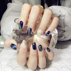 日式蓝色方圆形猫眼星月白色美甲图片