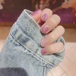 圆形粉色银色猫眼简约短指甲短指甲专题短圆指甲款美甲图片