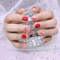 方圆形简约日式红色金色白色猫眼贝壳片金箔新娘短指甲显白美甲图片