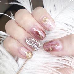 方形简约手绘粉色金箔水波纹水波纹美甲贝壳、金铂、水纹美甲图片