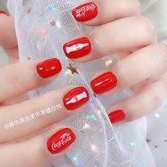 方圆形日式红色白色夏天可乐显白#coca colo #可口可乐 #网红款 #抖音款美甲图片