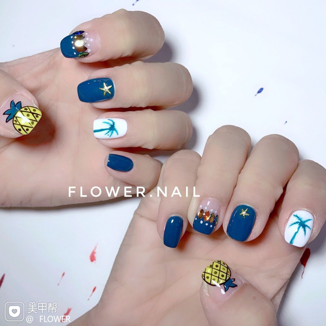 方圆形可爱手绘黄色蓝色白色夏天水果菠萝椰树亮片美甲图片