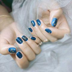 方圆形蓝色金属饰品星月美甲图片