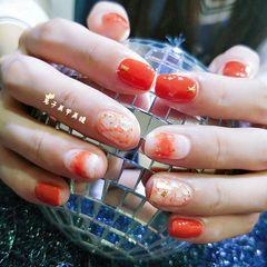 方圆形简约日式白色橙色贝壳片金箔晕染南瓜色,贝壳,晕染。金箔美甲图片