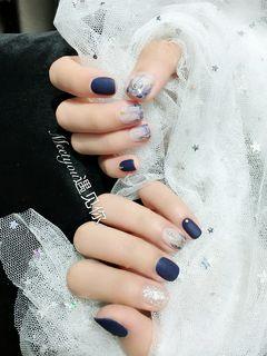 方圆形日式手绘蓝色裸色灰色晕染星月磨砂蓝色晕染+星月款美甲图片