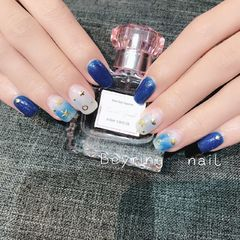 方形简约日式蓝色银色白色星月美甲图片