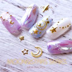 圆形日式紫色白色星月碎玻璃星月美甲图片