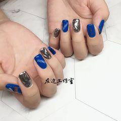 方圆形日式蓝色夏天可乐水波纹美甲图片