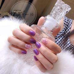 方圆形简约韩式紫色贝壳片美甲图片