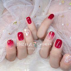 方形日式红色贝壳片金箔星月DNZ日式美甲星月美甲酒红色美甲图片