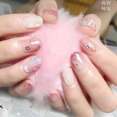 圆形渐变粉色白色贝壳星月星月贝壳美甲图片
