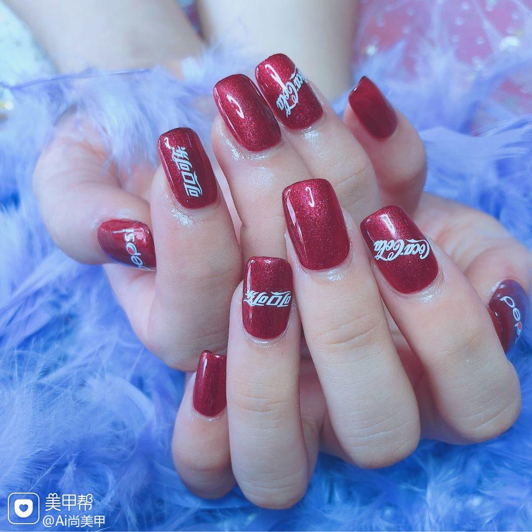 方圆形简约红色夏天贴纸可乐美甲图片