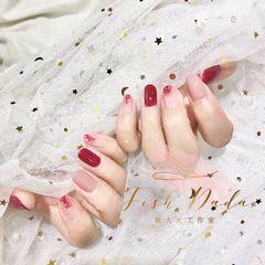 圆形简约韩式红色粉色裸色ins 气质 显白 渐变美甲图片