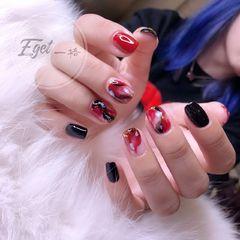 方圆形手绘韩式红色黑色晕染贝壳片美甲图片
