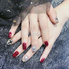 方圆形手绘韩式红色钻美甲图片