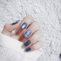 方圆形简约韩式蓝色白色晕染美甲图片