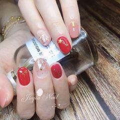 圆形日式可爱红色金色白色贝壳片星月美甲图片