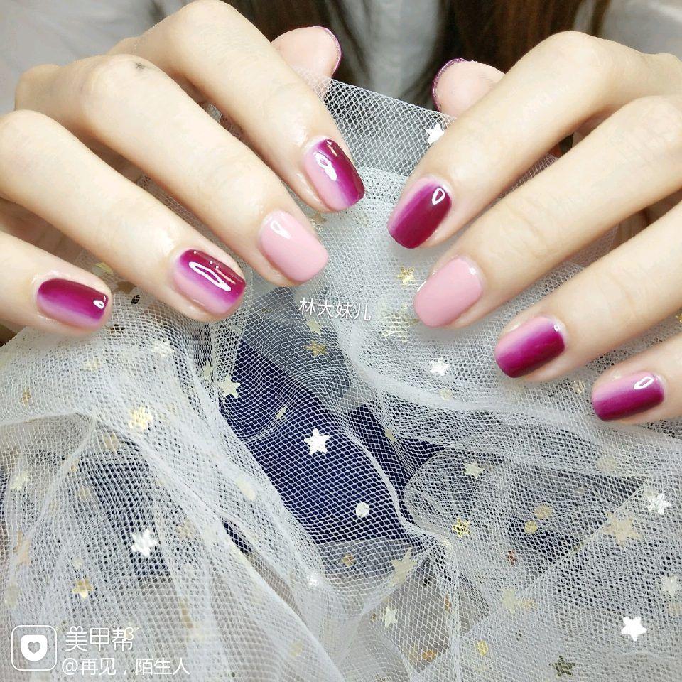 方圆形简约竖形渐变紫色粉色美甲图片